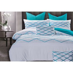 Queen Size White And Turquoise Blue Quilt Cover Set (3pcs)